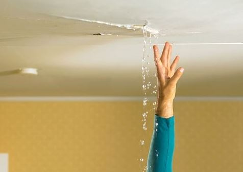 Signs Of Water Damage Inside Chicagoland Home or Business