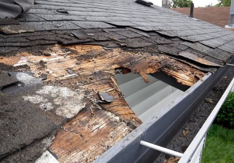 New Roof Warning Signs - Apex Exteriors & Roofing Services of Chicagoland